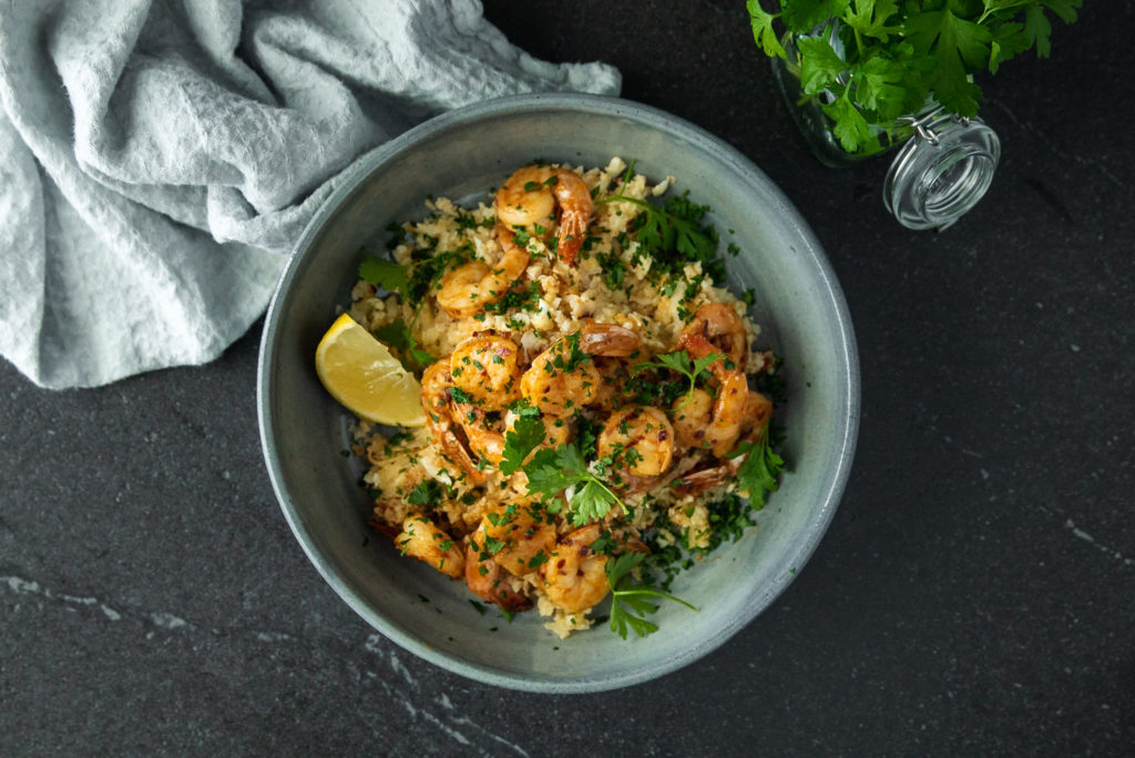 Garlic Shrimp With Cauliflower Rice