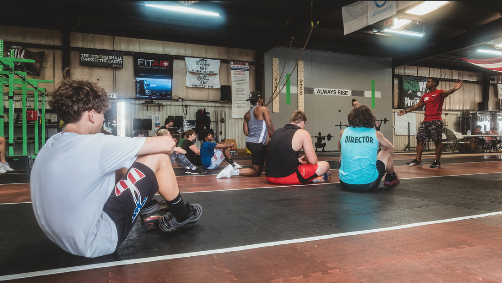 Lecture at a CrossFit Scholarship Level 1
